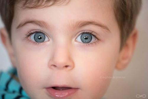 yeux enfant.jpg