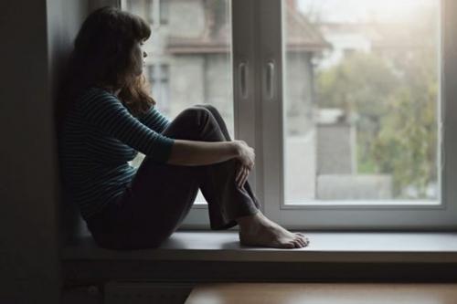 Confinement-et-solitude.jpeg