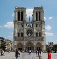 Notre-Dame_de_Paris_2792x2911.jpg